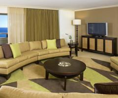 Sheraton Waikiki Suites